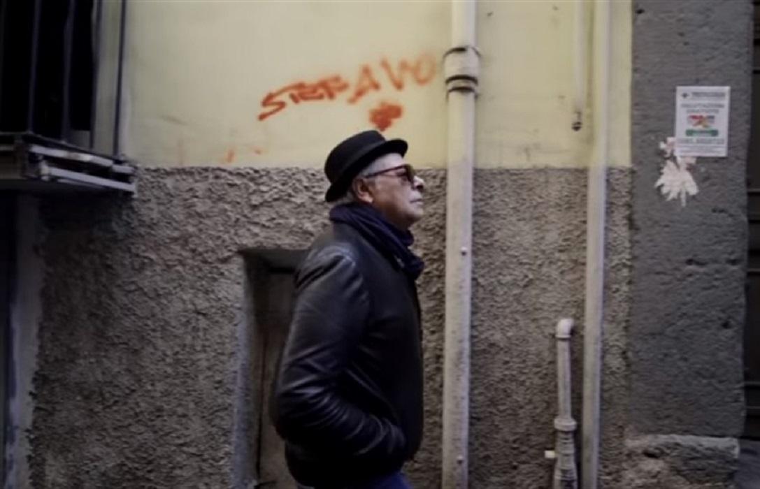"""""""A' Delinquenza sconfiggerla con la bellezza"""" Enzo Gragnaniello, presenta il suo nuovo singolo e parla delle inquietudini di Napoli"""
