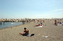 Ridateci il nostro mare: Napoli indossa il costume