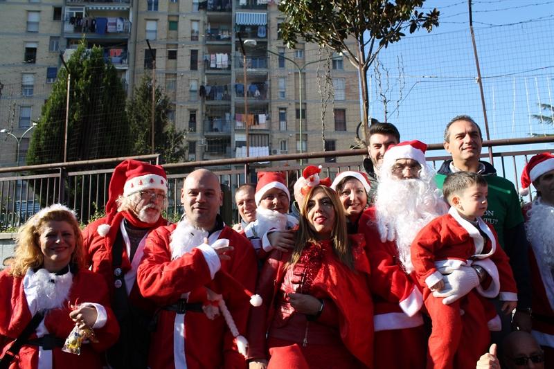 Babbo Natale conosce la solidarietà