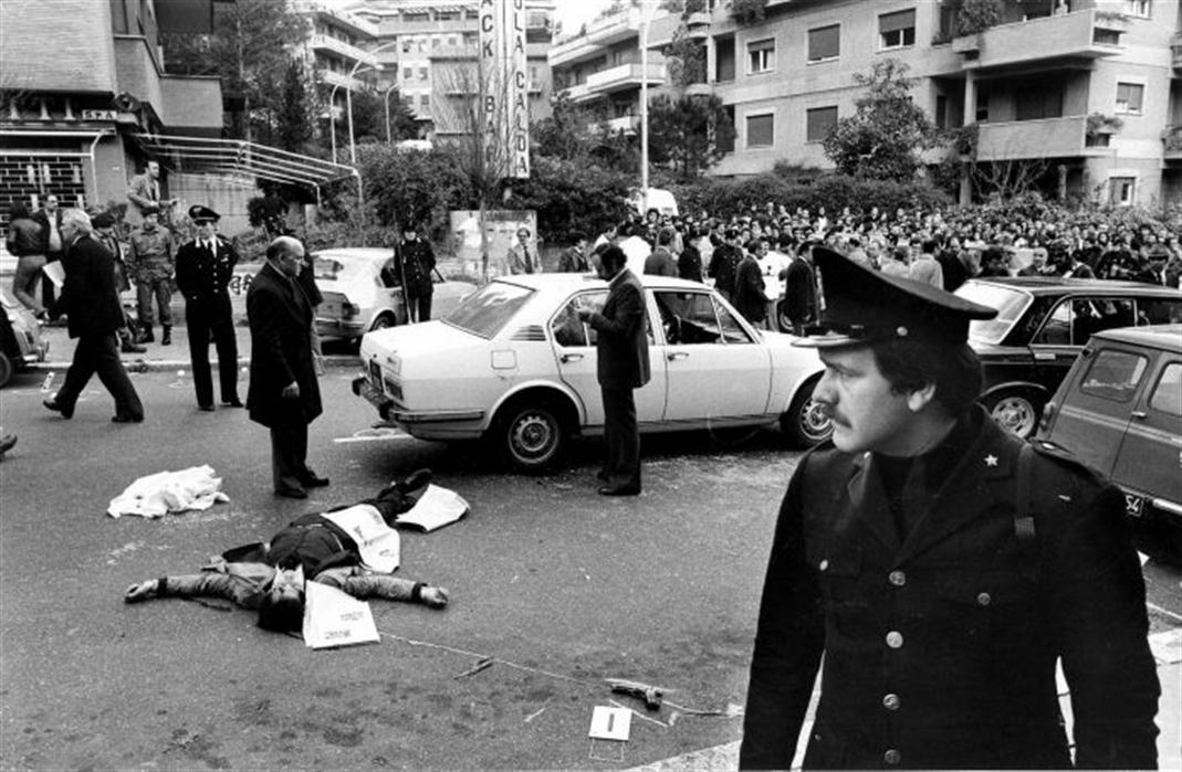A 37 anni dall'agguato in cui morirono il capo della mobile Antonio Ammaturo e l'agente Pasquale Paola si cerca la verità