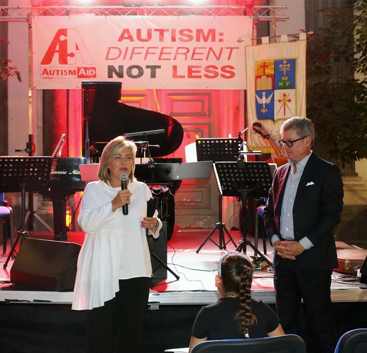 Fondazione Banco Napoli porte aperte: grande successo. Folla di bambini ad ascoltare musica e letture