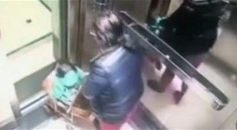 Babysitter aggredisce bimba in passeggino: arrestata