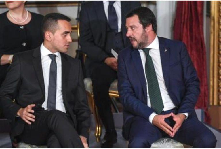 """Di Maio-Salvini, la lite  adesso continua sulla Flat tax. """"Dove sono i soldi?"""""""