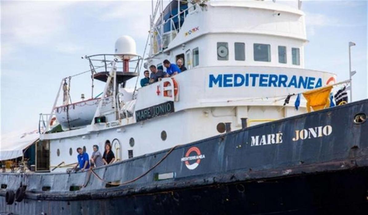 """L'intervento. Franco Roberti rilancia l'appello di Bartolo: """"Far sbarcare i migranti a Lampedusa"""""""