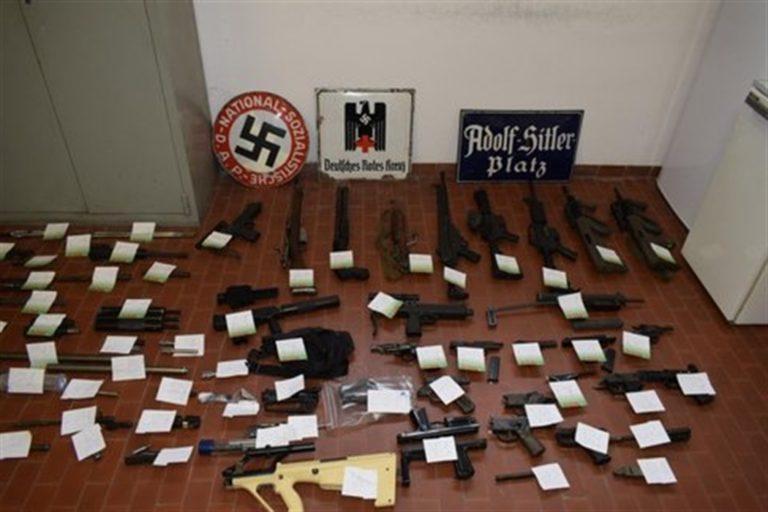 Gruppo neonazista pronto all'assalto con armi e missili. Blitz in varie città del Nord Italia