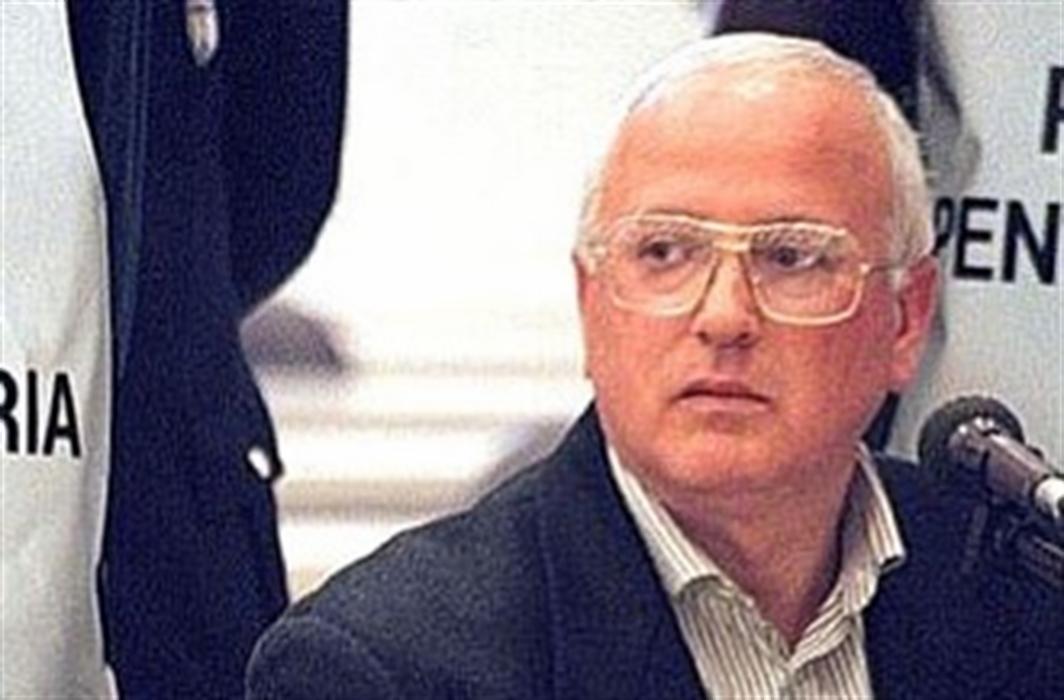 L'intervista al boss Raffaele Cutolo non era autorizzata.  Il padrino ha lanciato un messaggio. Scattano gli accertamenti