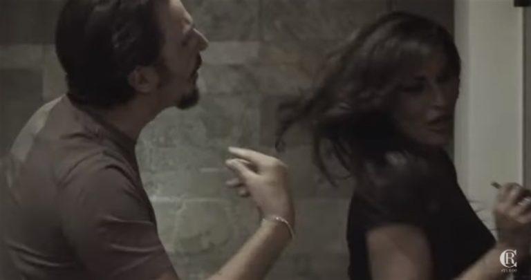 Tony e Tina fingono di separarsi per poi lanciare videoclip e nuove canzoni