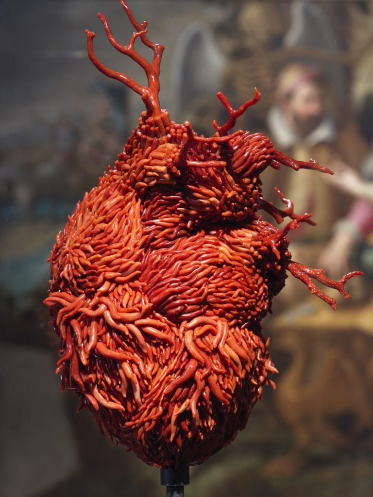 Museo di Capodimonte, ultimi 7 giorni per visitare la straordinaria mostra di Jan Fabre Oro Rosso