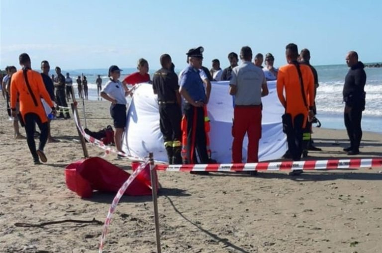 Tragedia a Ortona, morti i due fratellini disperso in mare