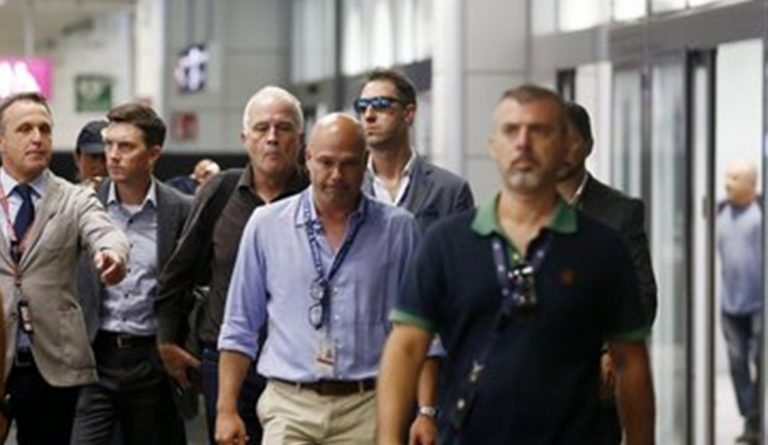 """Giunge in Italia il papà del presunto assassino del vicebrigadiere dei carabinieri. """"Voglio parlare con mio figlio"""""""