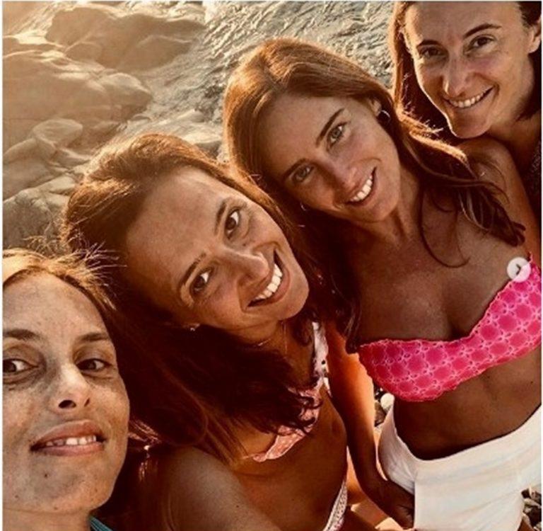 """La deputata dem Maria Elena Boschi risponde a Salvini postando una sua foto: """"Ti sembro una mummia? Saluti dal sarcofago"""""""