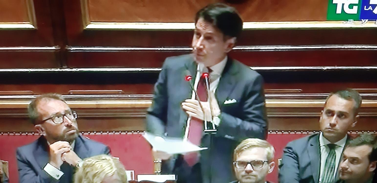 """La Crisi/6. Conte accusa Salvini di fare giravolte: """"Ti manca il coraggio politico, ci penso io. Andrò a rassegnare le dimissioni"""""""