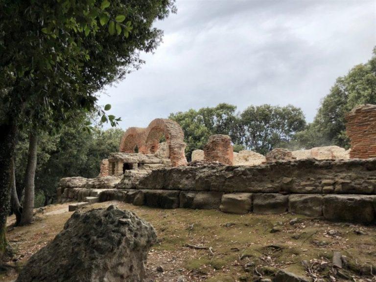 Cuma, trovata tomba di un vescovo nell'antica acropoli