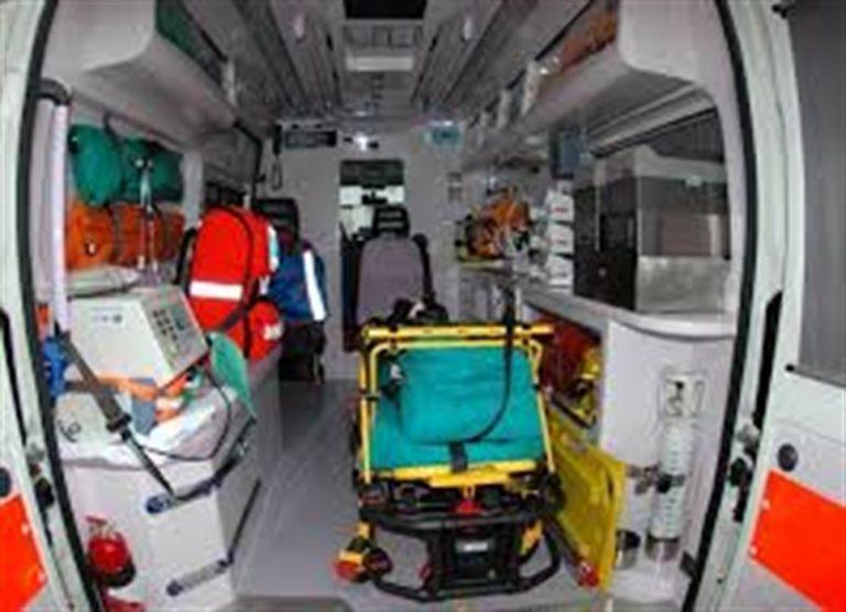 Rubano il defibrillatore dell'ambulanza dei volontari