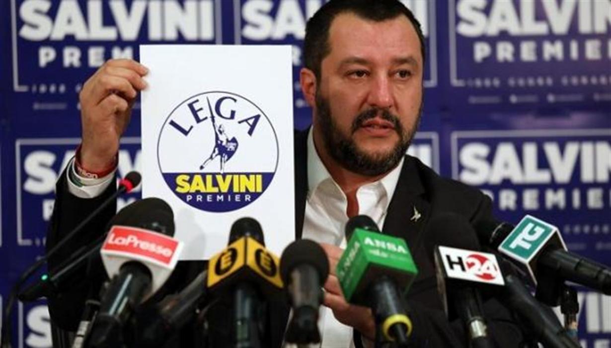 """Salvini svela: """"Molti 5 Stelle mi dicono non vogliamo passare dalla rivoluzione a morire renziani…"""""""