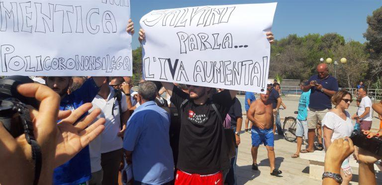 Policoro, vietato contestare Salvini