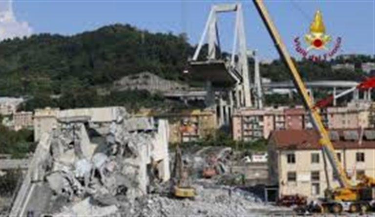 Crollo Ponte Morandi scattano le manette per chi falsificò i report tecnici