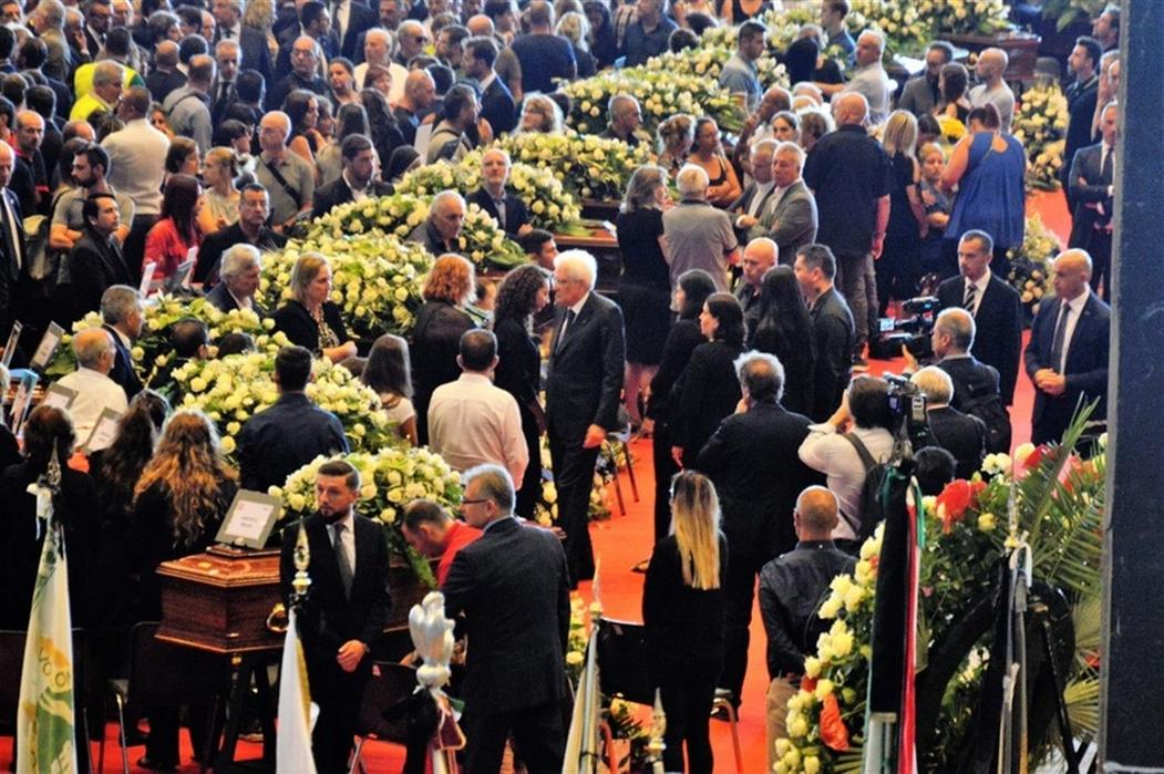 Ponte Morandi, i familiari dei quattro amici di Torre del Greco morti nel crollo non andranno alla commemorazione