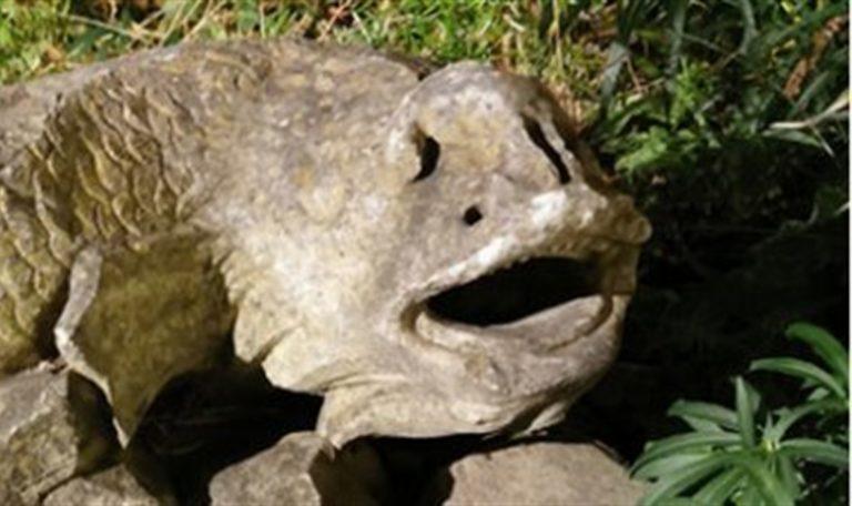 Reperti archeologici del V secolo usati per arredare l'abitazione : denunciato