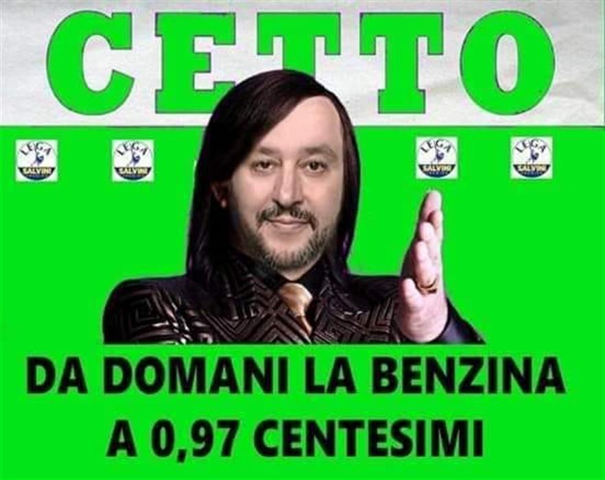 Matteo Salvini cambia mestiere: ora fa il fruttivendolo ambulante | La  Domenica Settimanale