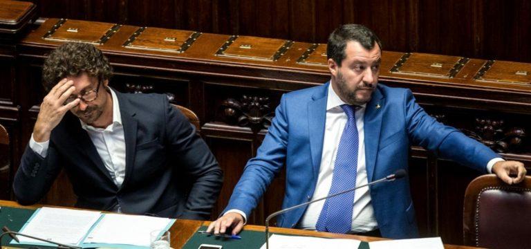 """Bocciato il ministro Toninelli, la Lega chiede la sua testa: """"È delegittimato, non può restare al suo posto"""""""
