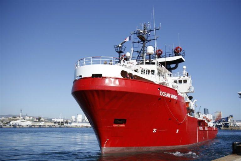 Sbarcano a Messina dalla nave Ocean Viking i 182 migranti. Saranno redistribuiti in Europa