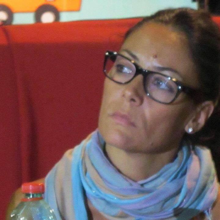 Minacce a Anna Riccardi. Esplosi colpi di pistola contro il portone della Fondazione famiglia di Maria