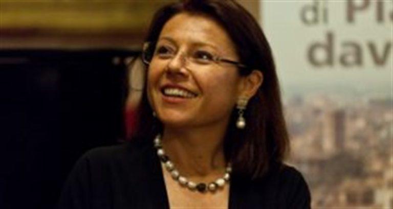 Le neo ministra De Micheli come Toninelli: prima gaffe che fa arrabbiare i 5 Stelle