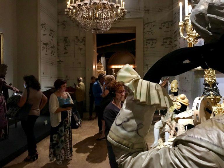 La grande bellezza abita al Museo e Real Bosco di Capodimonte. Successo per la mostra 'Napoli Napoli. Di lava, porcellana e musica'