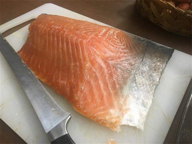 Cozze e tonno affumicato, rischio salmonella. Questi i lotti ritirati dai supermercati