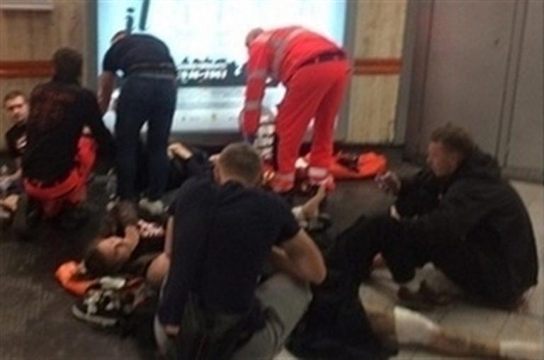 Tifosi feriti sulle scale mobili, arrestati dipendenti Atac