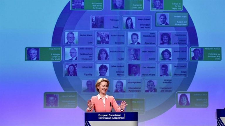 Conte cerca sponde in Europa per aumentare la flessibilità e mobilita Gualtieri e Gentiloni. La manovra sarà di 35 miliardi praticamente un salasso