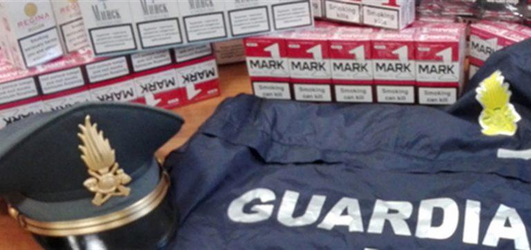 Incassavano il reddito di cittadinanza ma erano contrabbandieri di sigarette