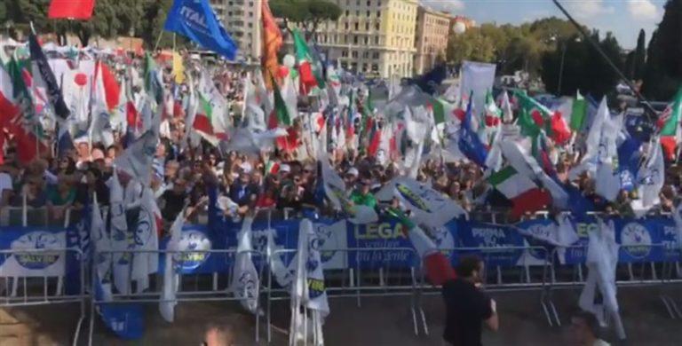 Piazza San Giovanni diventa leghista. Inviato un avviso di sfratto al Governo Conte. Aggredito il cronista Lerner
