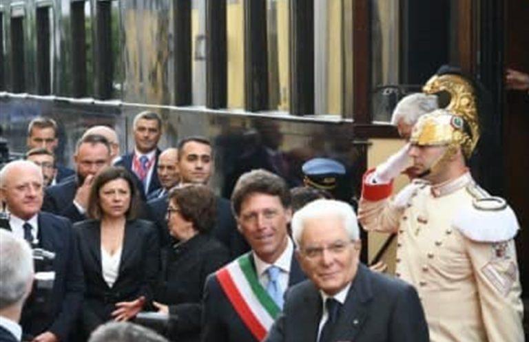 Omaggio del presidente Mattarella alla prima linea ferroviaria d'Italia Napoli-Portici pensando ai due agenti uccisi