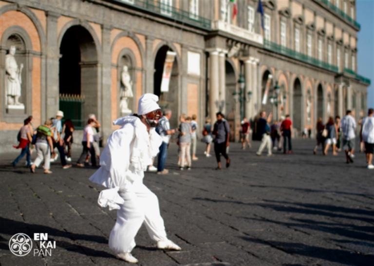 Nel paese di Pulcinella – visita teatralizzata nel corpo di Napoli tra miti e leggende