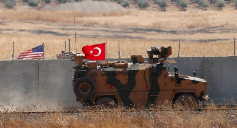 """Siria, notte di bombardamenti dell'esercito turco. Usa avvisa: """"Pronte sanzioni durissime"""""""