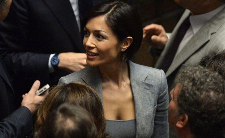 Ore decisive in Forza Italia, tutti aspettano le mosse di Mara Carfagna