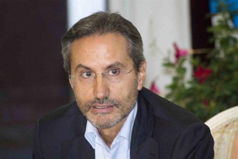 Berlusconi lancia Caldoro per punzecchiare la Carfagna: Cosa diranno Lega e FdI?