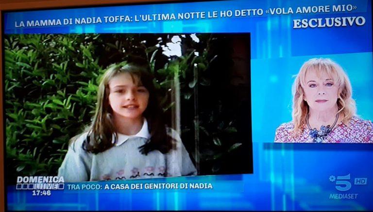 """Margherita, madre di Nadia Toffa ricorda la grandezza di sua figlia e annuncia :""""Diritti del libro devoluti ai bimbi della Terra dei Fuochi"""""""