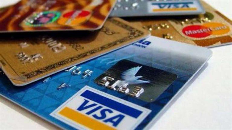 La grande truffa delle carte di credito: in manette sei prestigiatori dei codici