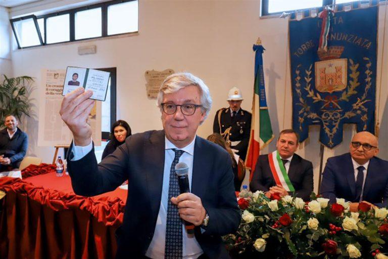 """Dopo 34 anni si sana una ferita collettiva: """"Oggi Giancarlo Siani compie dei miracoli"""""""