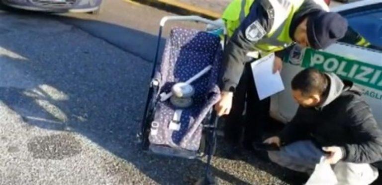 Falcia sulle strisce pedonali piccolo nel passeggino e madre: acciuffata 22enne