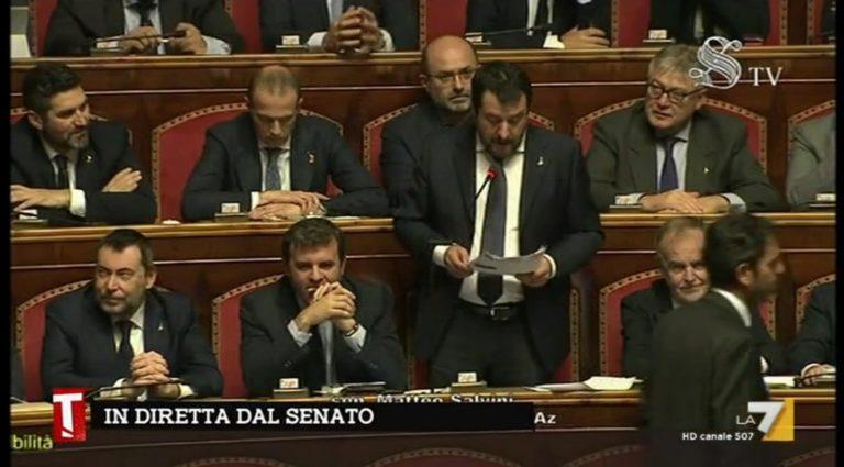 """Mes, Salvini fa nero Conte : """"Uomo da poco, arrogante senza essere calmo. Si vergogni!"""""""