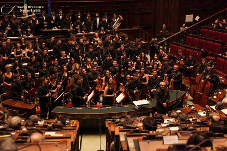 La grande musica della Scarlatti junior risuona a Montecitorio. La tenacia del Maestro Gaetano Russo e il sogno che si avvera