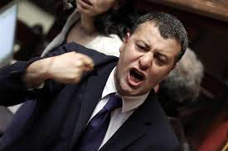 """Aggressione fascista contro l'ex deputato Scotto: """"Al grido Duce, duce, duce mi hanno picchiato"""""""