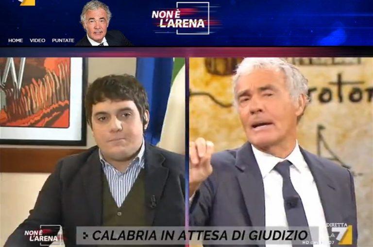 Massimo Giletti smaschera giochetto del presidente del Consiglio Comunale di Catanzaro che annuncia una querela