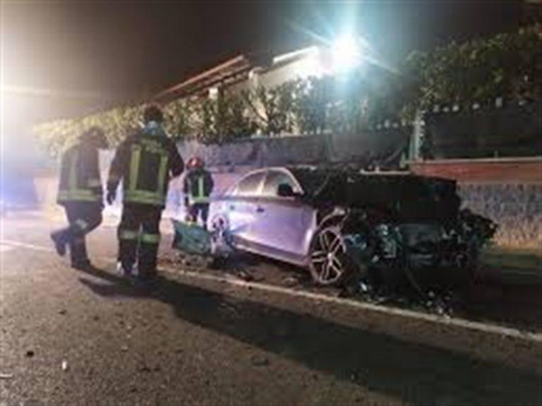 Strage in Alto Adige, auto uccide 6 giovani. Ci sono anche 11 feriti gravi