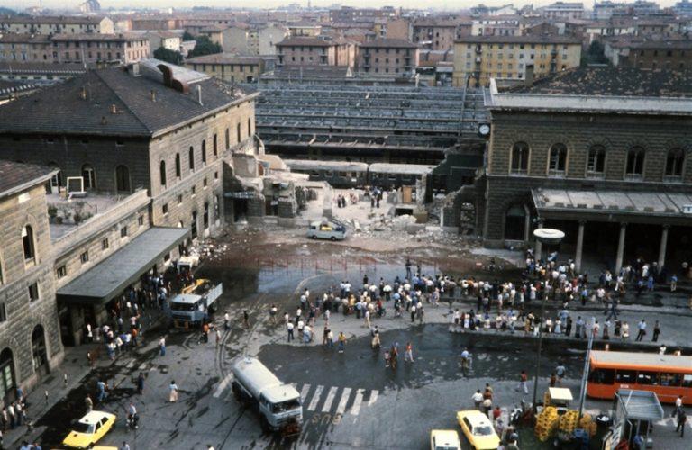 Strage di Bologna: ergastolo per Cavallini, ex terrorista Nar