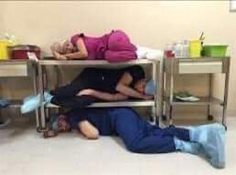 LE FOTO. Ospedale Cotugno, il sacrificio di medici e infermieri